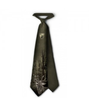 Tie with Roaring Deer Print (green)